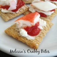 Melissa's Crabby Bites -- Four little ingredients and no baking required. Assemble these bites of yum for immediate enjoyment. Cheesy, zingy, crunchy little crab bites make the perfect appetizer. | thatwhichnourishes.com