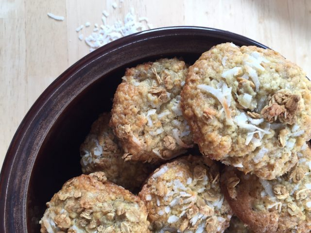 Tropical Crunch Muffins -- Packed with bananas, coconut, and a crunchy granola surprise, these moist and tender muffins are exactly the little escape and ordinary day needs.   thatwhichnourishes.com