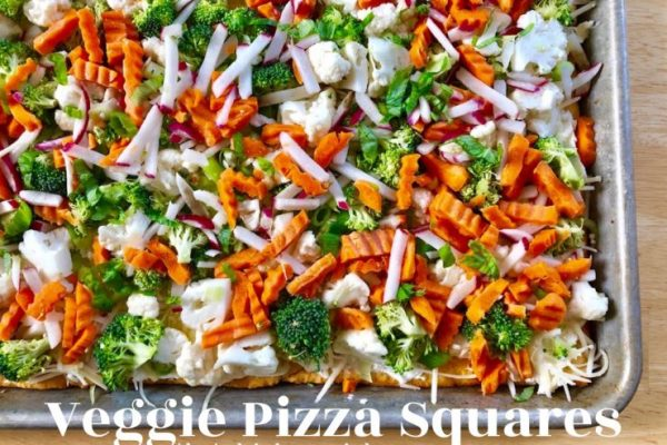Veggie Pizza Squares -- All your favorite fresh veggies atop a layer of herbed cream cheese on a crispy crust makes the perfect delectable dish to share! | thatwhichnourishes.com